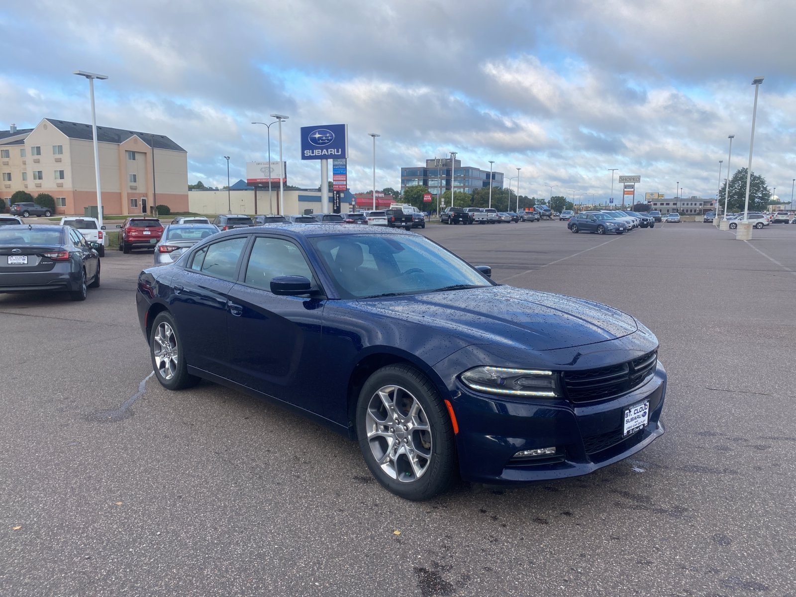 Used 2017 Dodge Charger SXT with VIN 2C3CDXJG4HH526178 for sale in Saint Cloud, Minnesota