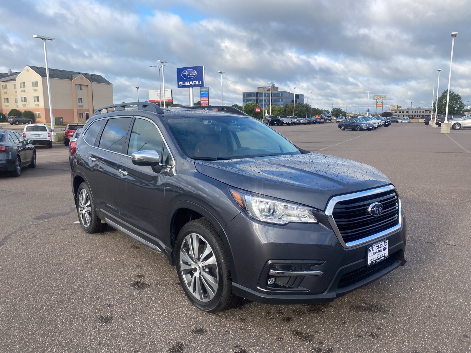 Used 2020 Subaru Ascent Touring with VIN 4S4WMARD4L3455409 for sale in Saint Cloud, Minnesota