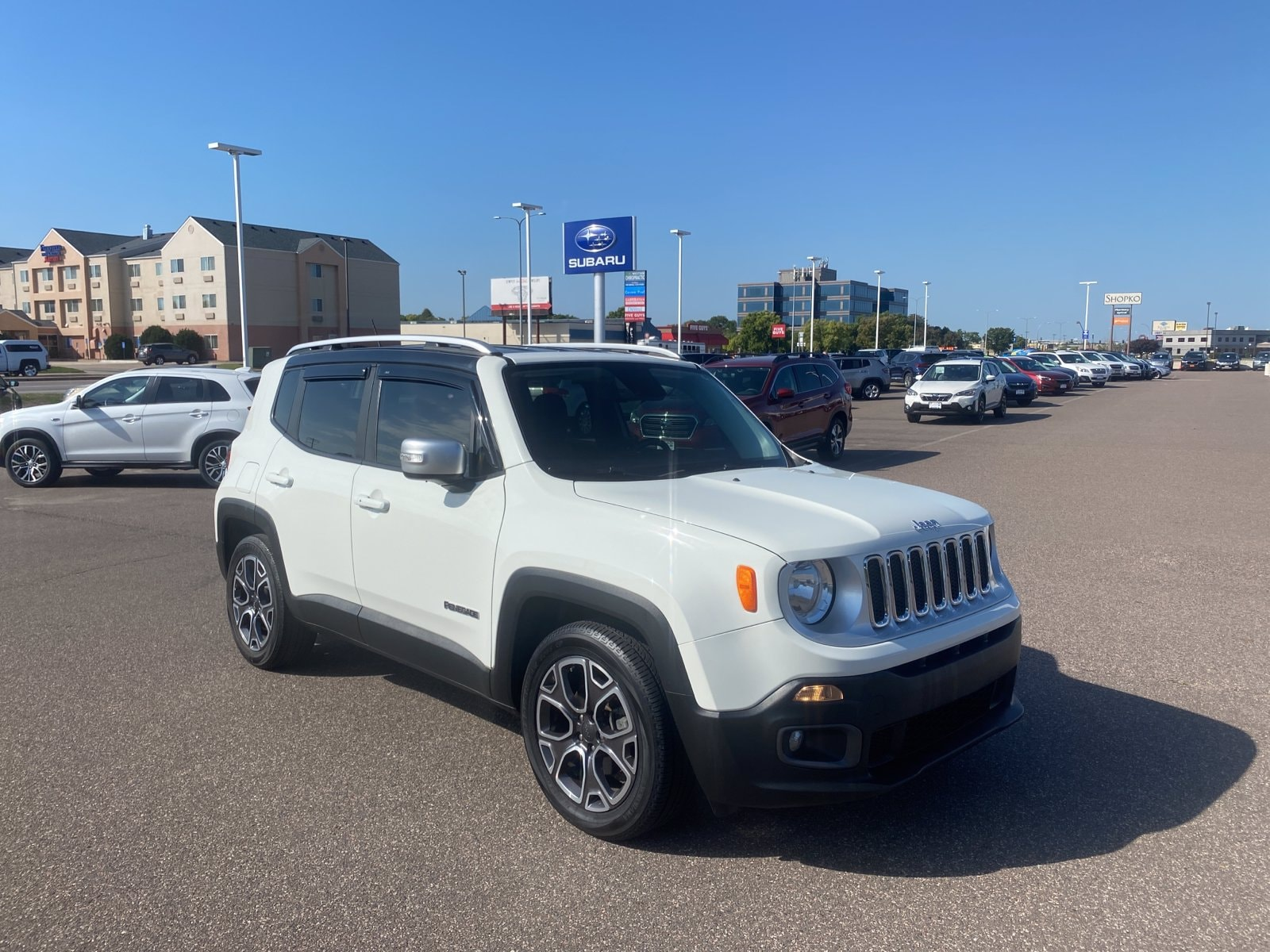 Used 2017 Jeep Renegade Limited with VIN ZACCJADB2HPE52825 for sale in Saint Cloud, Minnesota