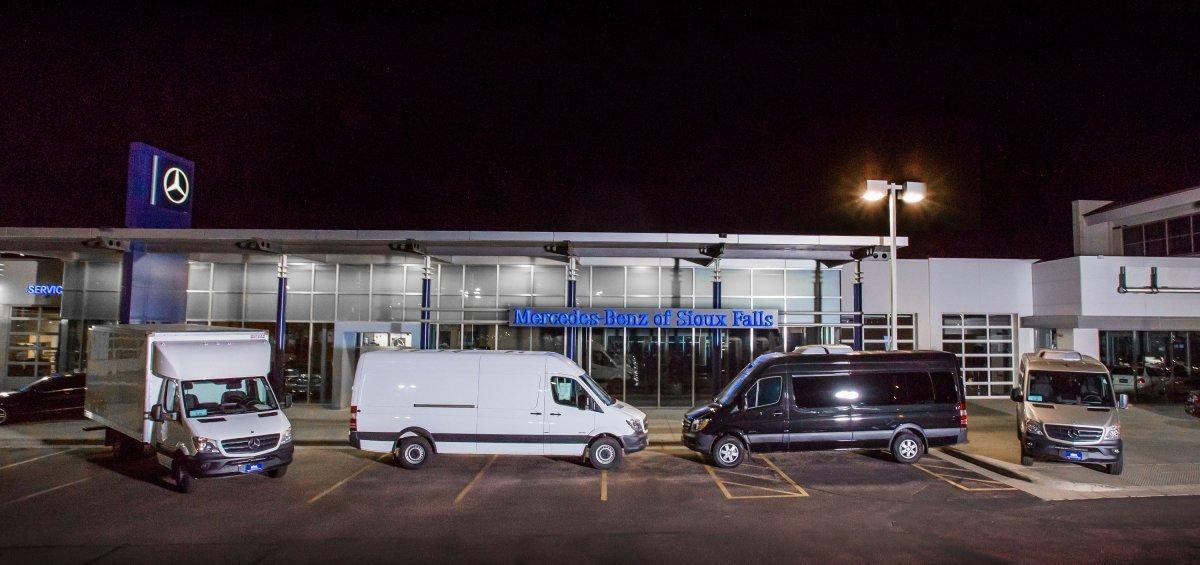 mercedes sprinter the best quality service van on the market bmw dealer cadillac dealer. Black Bedroom Furniture Sets. Home Design Ideas