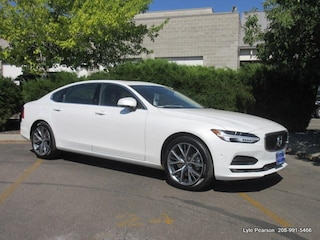 New 2018 Volvo S90 T5 AWD Momentum Sedan LVY982MK1JP008679 in Boise