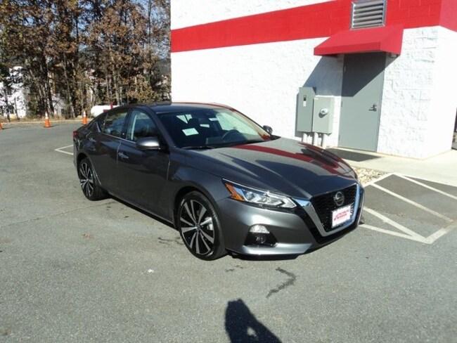 New 2019 Nissan Altima 2.5 Platinum Sedan for sale in Lynchburg VA