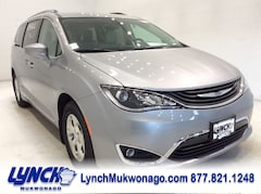 2018 Chrysler Pacifica Hybrid TOURING L Passenger Van 2C4RC1L74JR164498 for sale in Mukwonago, WI at Lynch Chrysler Dodge Jeep Ram