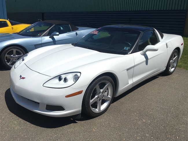 2007 Chevrolet Corvette 400 HP, LOW KMS Coupe
