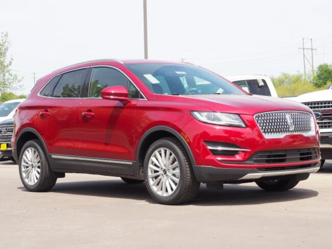 New 2019 Lincoln MKC Standard Standard FWD for sale in Georgetown TX
