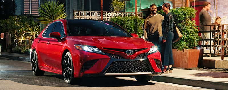 compare 2018 toyota camry vs 2017 toyota camry league city tx. Black Bedroom Furniture Sets. Home Design Ideas