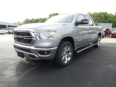 New 2019 Ram 1500 BIG HORN / LONE STAR CREW CAB 4X4 5'7 BOX Crew Cab 1C6SRFFT3KN784710 Columbia MS