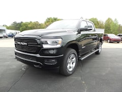 New 2019 Ram 1500 BIG HORN / LONE STAR CREW CAB 4X4 5'7 BOX Crew Cab 1C6SRFFT2KN784715 Columbia MS