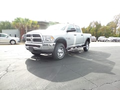 New 2018 Ram 2500 TRADESMAN CREW CAB 4X4 6'4 BOX Crew Cab 3C6UR5CL8JG365069 Columbia MS