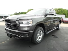 New 2019 Ram 1500 BIG HORN / LONE STAR CREW CAB 4X4 5'7 BOX Crew Cab 1C6SRFFT4KN784716 Columbia MS