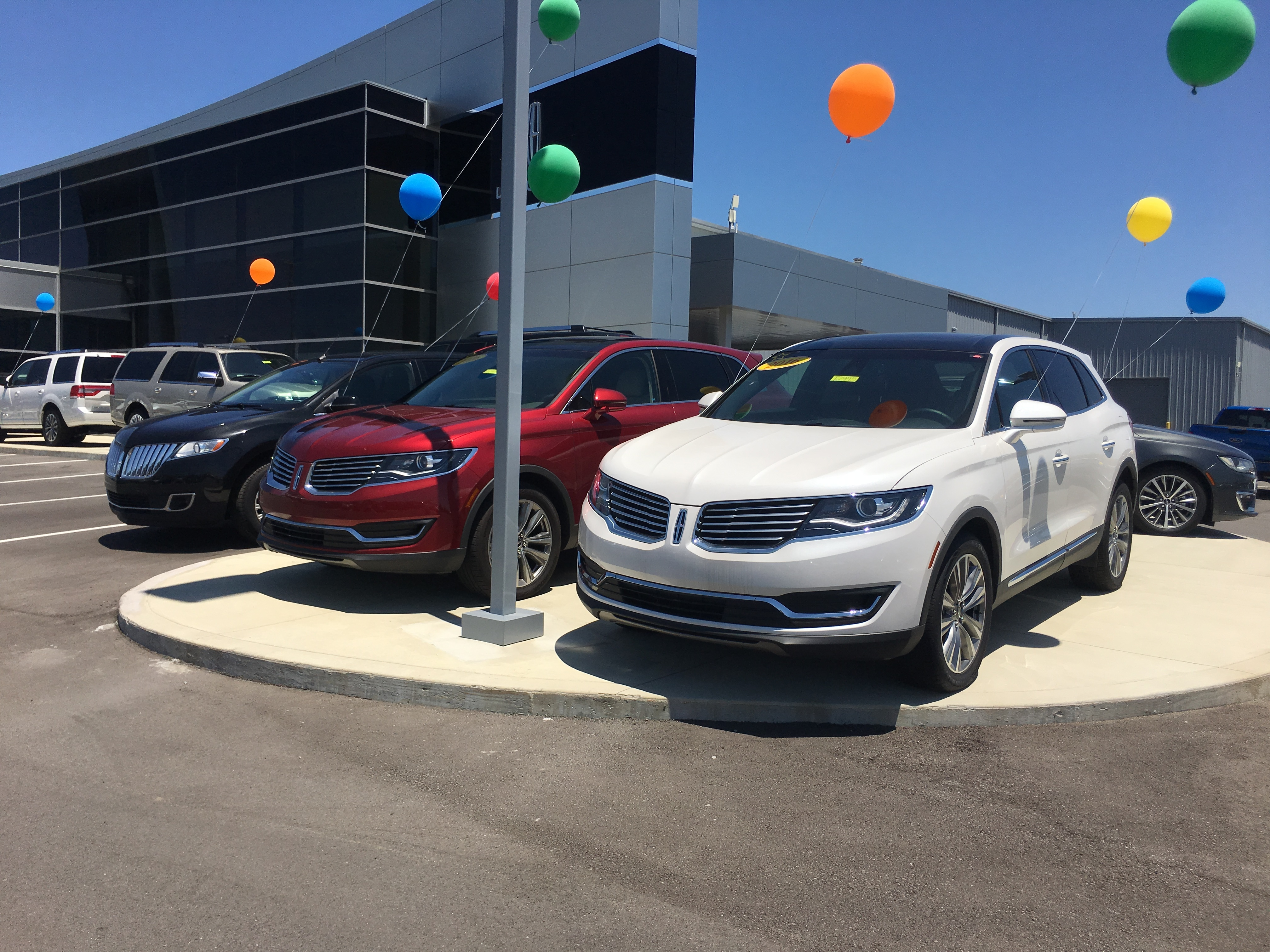 brand mercury experience cars lincoln selling has dealerships rather dealership than the
