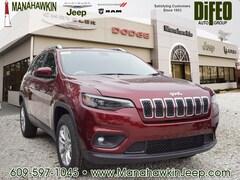 2019 Jeep Cherokee LATITUDE 4X4 Sport Utility 1C4PJMCX4KD306335