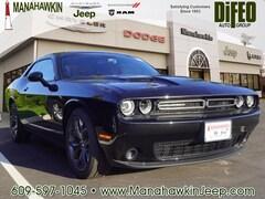2018 Dodge Challenger SXT PLUS Coupe 2C3CDZAG5JH339680