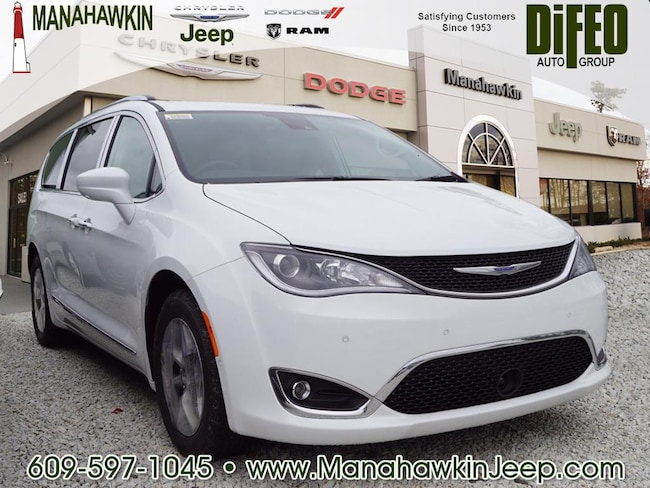 New 2019 Chrysler Pacifica TOURING L PLUS Passenger Van Manahawkin NJ