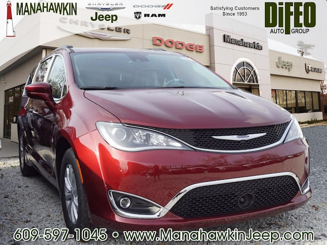 New 2019 Chrysler Pacifica TOURING PLUS Passenger Van Manahawkin NJ