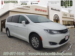 2018 Chrysler Pacifica TOURING PLUS Passenger Van 2C4RC1FG8JR182997