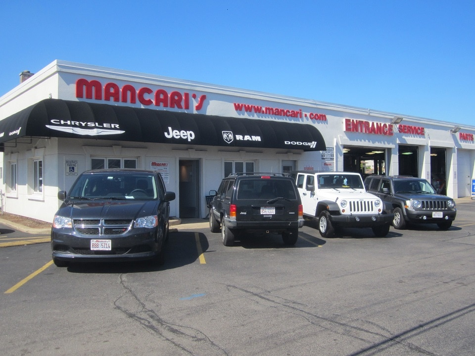 car repair in oak lawn near chicago mancari 39 s chrysler dodge jeep ram. Black Bedroom Furniture Sets. Home Design Ideas