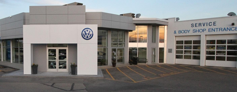 Mankato Motors 2016 Volkswagen Passat Trim Levels S R