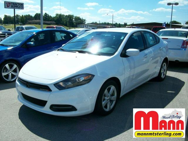 2015 Dodge Dart 4dr Sdn SXT Car
