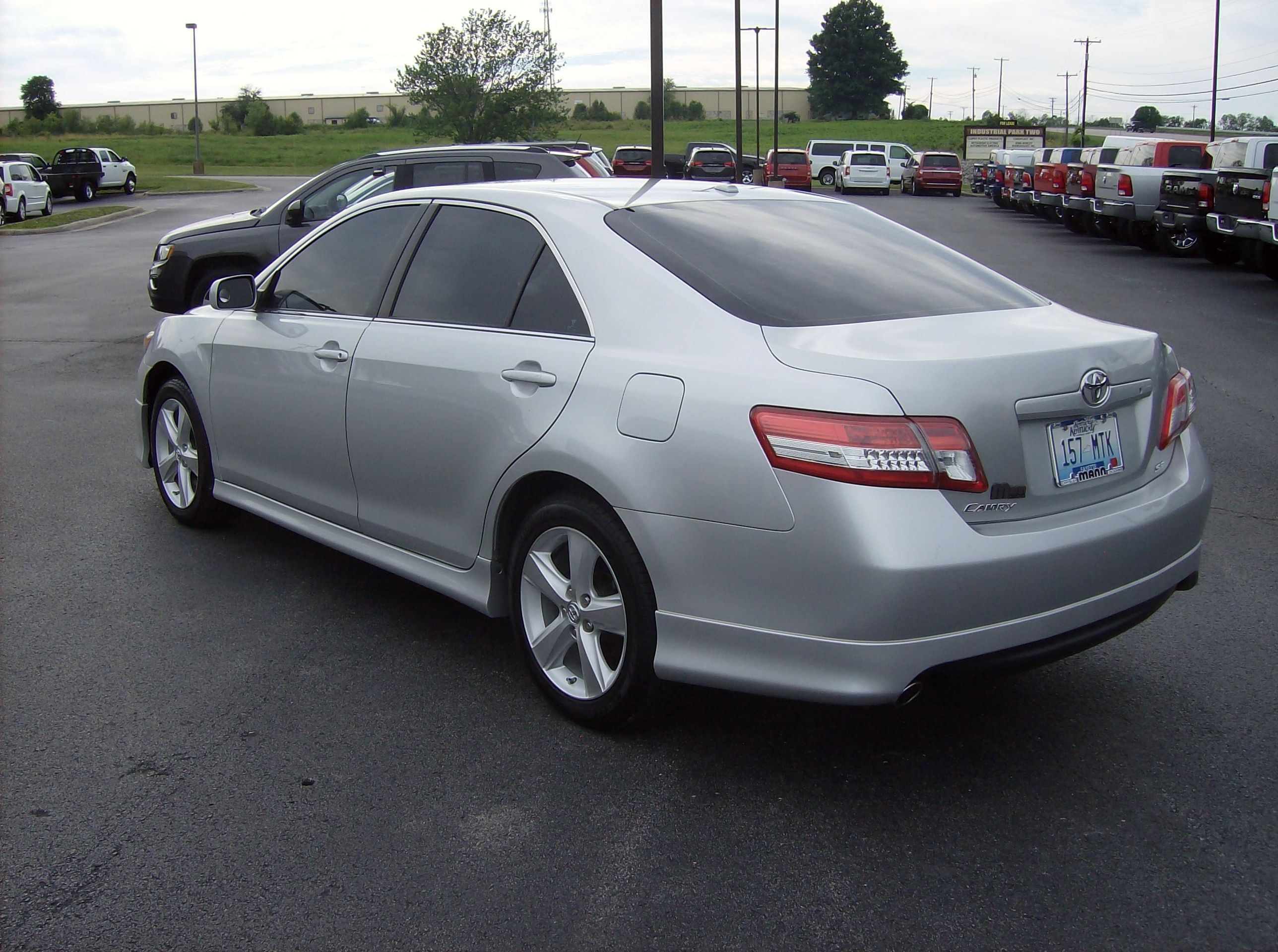 used 2010 toyota camry se for sale maysville ky. Black Bedroom Furniture Sets. Home Design Ideas
