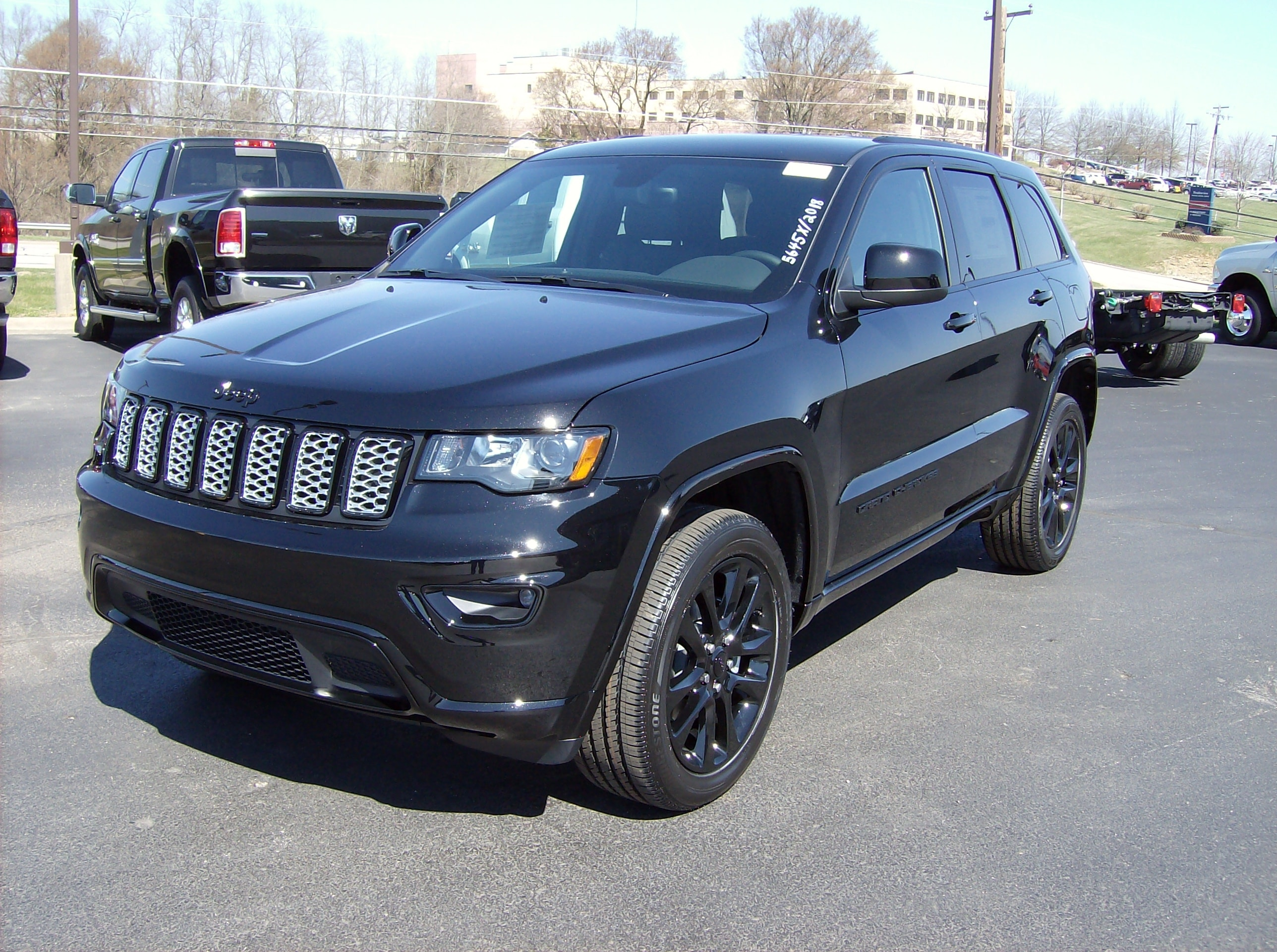 New 2018 Jeep Grand Cherokee ALTITUDE 4X4 For Sale