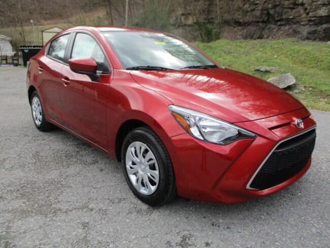 New 2019 Toyota Yaris Sedan L Sedan Prestonsburg, KY