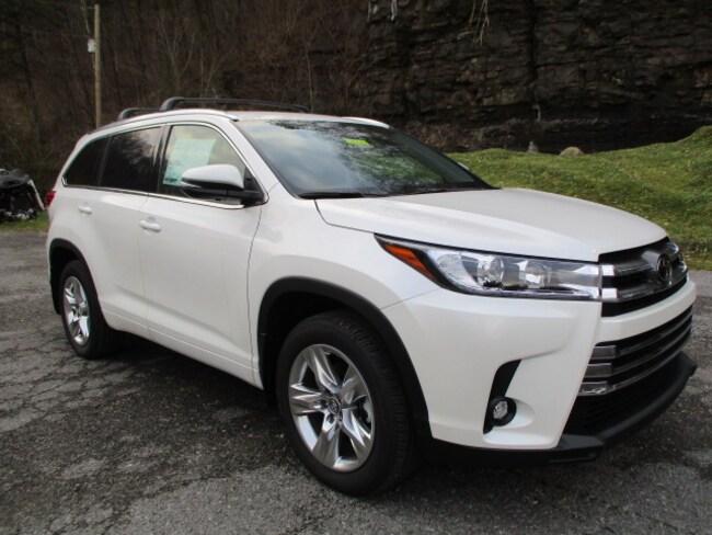 New 2019 Toyota Highlander Limited V6 SUV Prestonsburg, KY