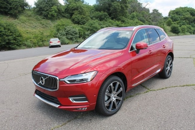 New 2018 Volvo XC60 T6 AWD Inscription SUV in kalamazoo MI