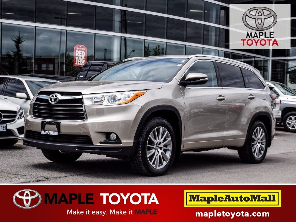 2016 Toyota Highlander XLE AWD  NAVIGATION LEATHER MOONROOF 8 PASSENGER SUV