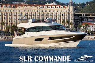 2019 Prestige Yachts 420FLY -