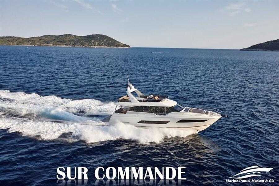 2020 Prestige Yachts 680FLY -