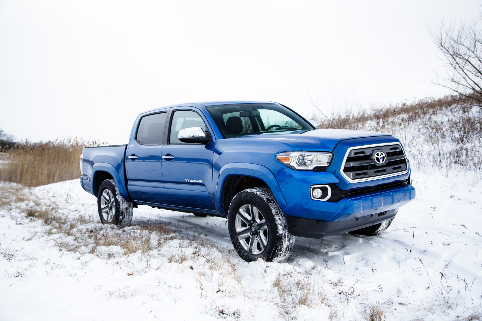2016 toyota tacoma features specs durham toyota dealer serving raleigh and cary nc. Black Bedroom Furniture Sets. Home Design Ideas