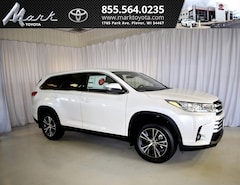 New 2019 Toyota Highlander LE Plus V6 AWD - 2nd Row Bench & Tow Hitch SUV T5589 Plover, WI