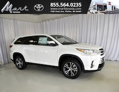 New 2019 Toyota Highlander LE Plus V6 AWD - 2nd Row Bench SUV T5563 Plover, WI