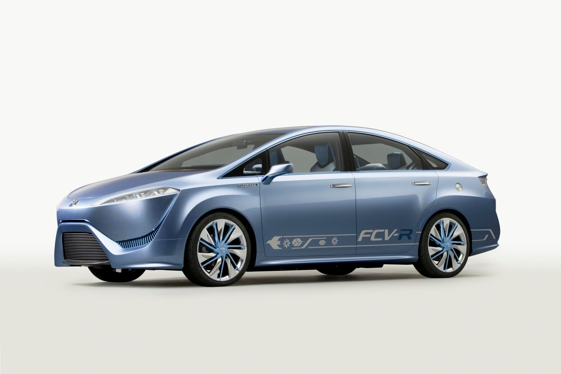 Toyota FCHV & FCV-R Concepts