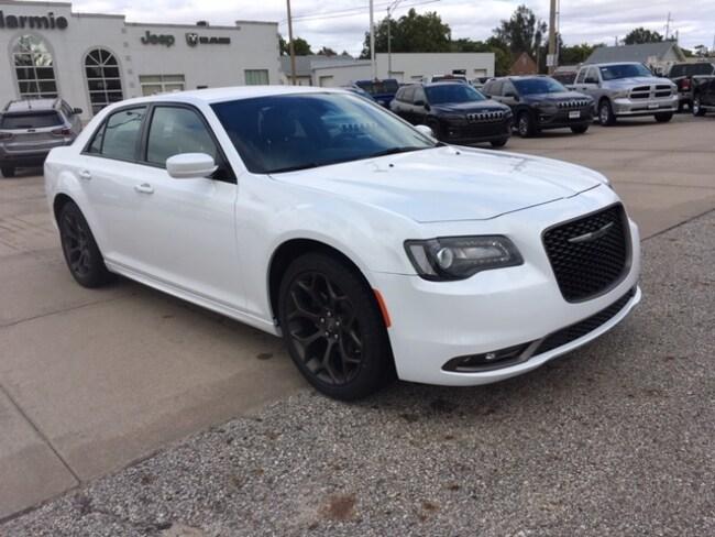 New 2019 Chrysler 300 S Sedan in Great Bend