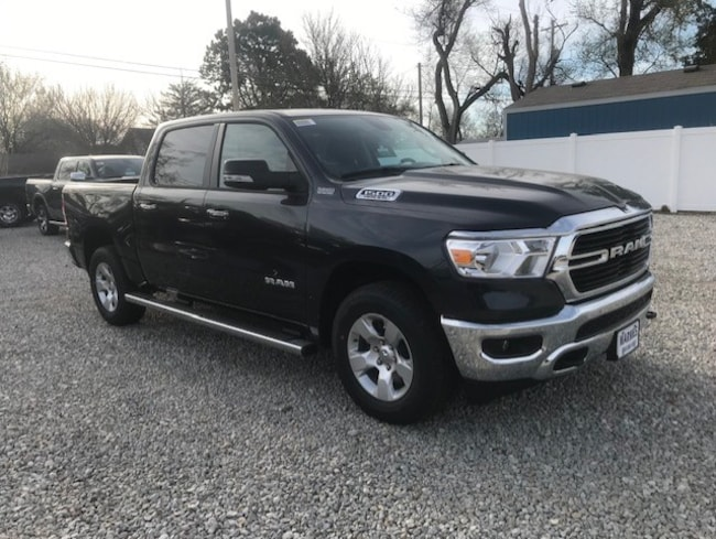 New 2019 Ram 1500 BIG HORN / LONE STAR CREW CAB 4X4 5'7 BOX Crew Cab in Great Bend