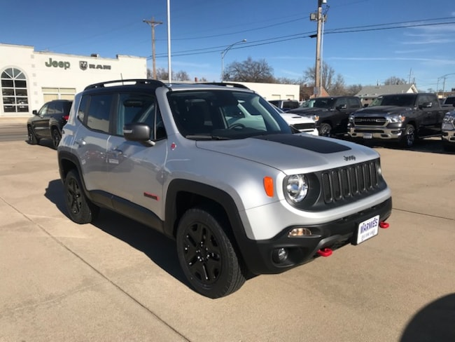 New 2018 Jeep Renegade TRAILHAWK 4X4 Sport Utility in Great Bend