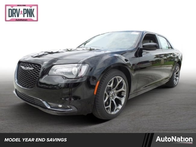 2018 Chrysler 300 300S 4dr Car