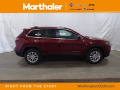 New Chrysler Dodge Jeep Ram 2019 Jeep Cherokee LATITUDE 4X4 Sport Utility for sale in Worthington, MN