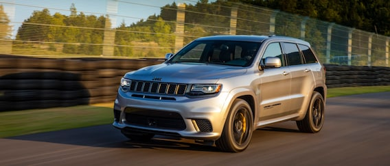 Cherokee Vs Grand Cherokee >> 2019 Jeep Cherokee Vs 2019 Jeep Grand Cherokee Union
