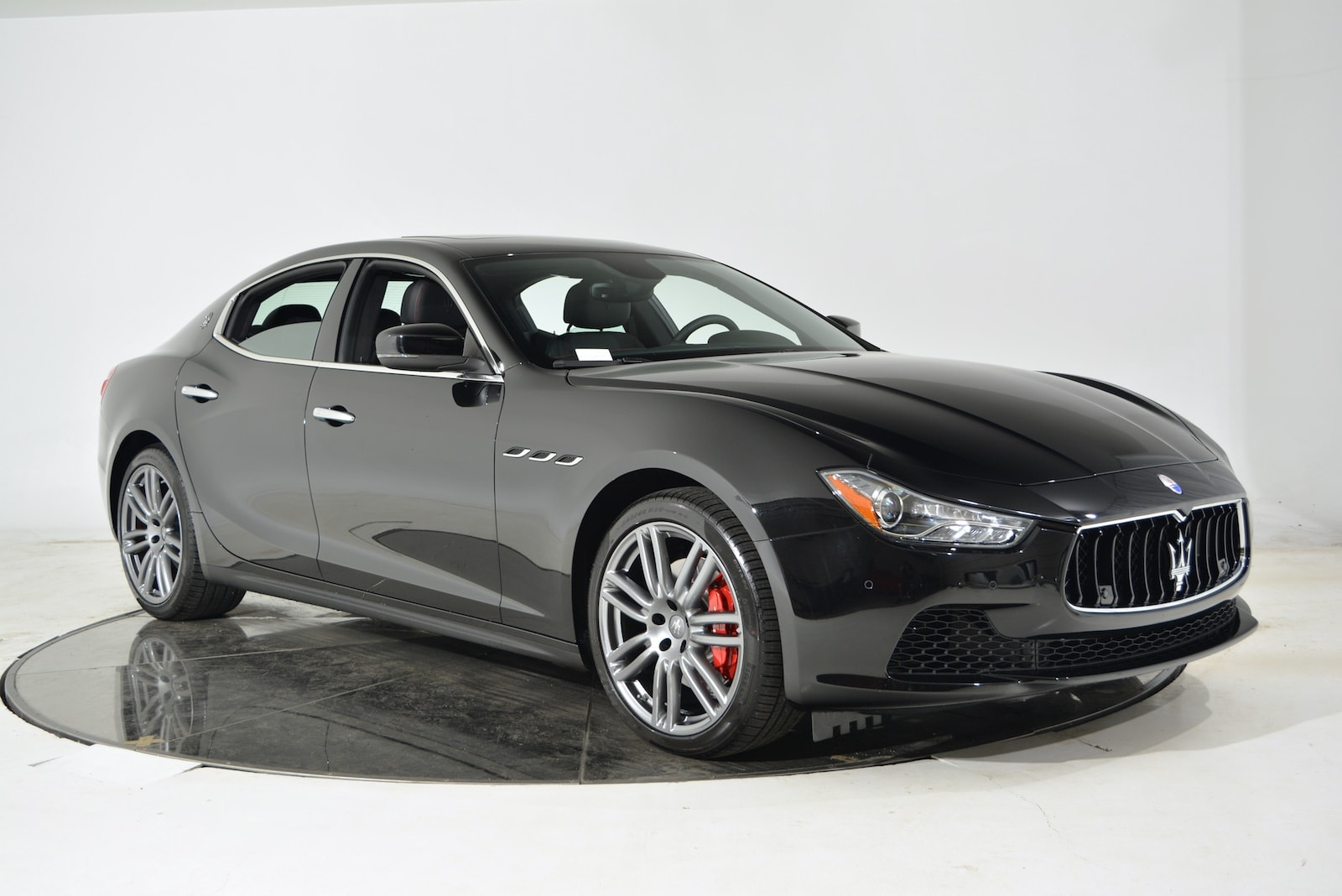 used 2017 maserati ghibli for sale plainview near long. Black Bedroom Furniture Sets. Home Design Ideas