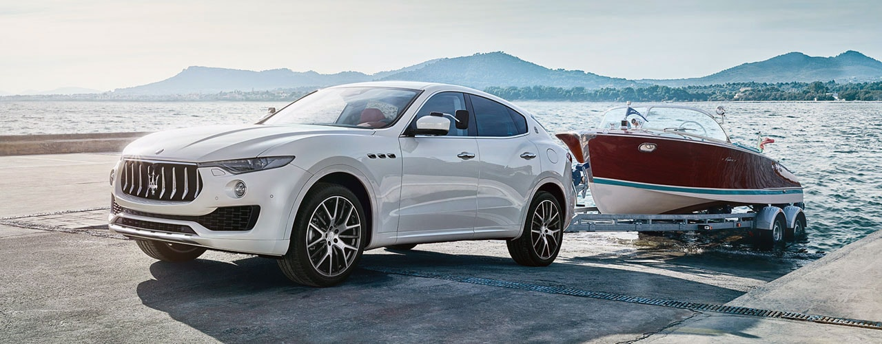the new maserati levante suv at maserati of fort lauderdale. Black Bedroom Furniture Sets. Home Design Ideas