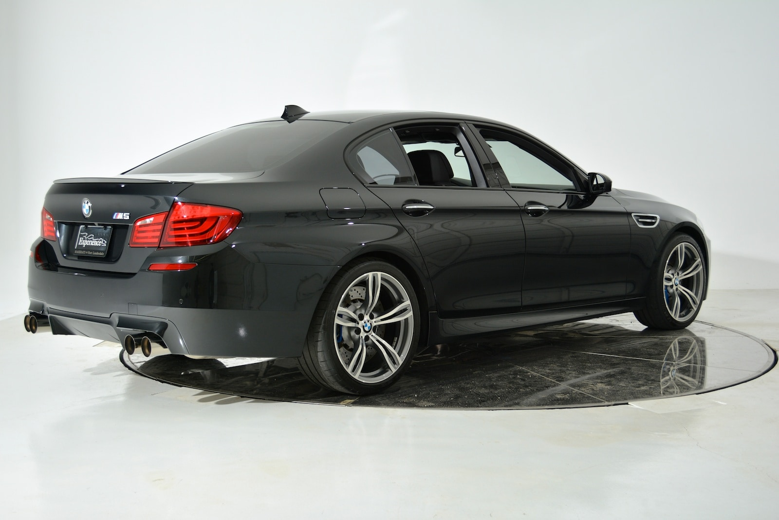 used 2013 bmw m5 for sale fort lauderdale fl. Black Bedroom Furniture Sets. Home Design Ideas