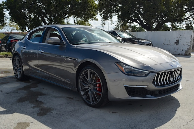 https://pictures.dealer.com/m/maseratioffortlauderdale/1796/0127b1b55f4537b95998be465268ad57x.jpg?impolicy=resize&w=650