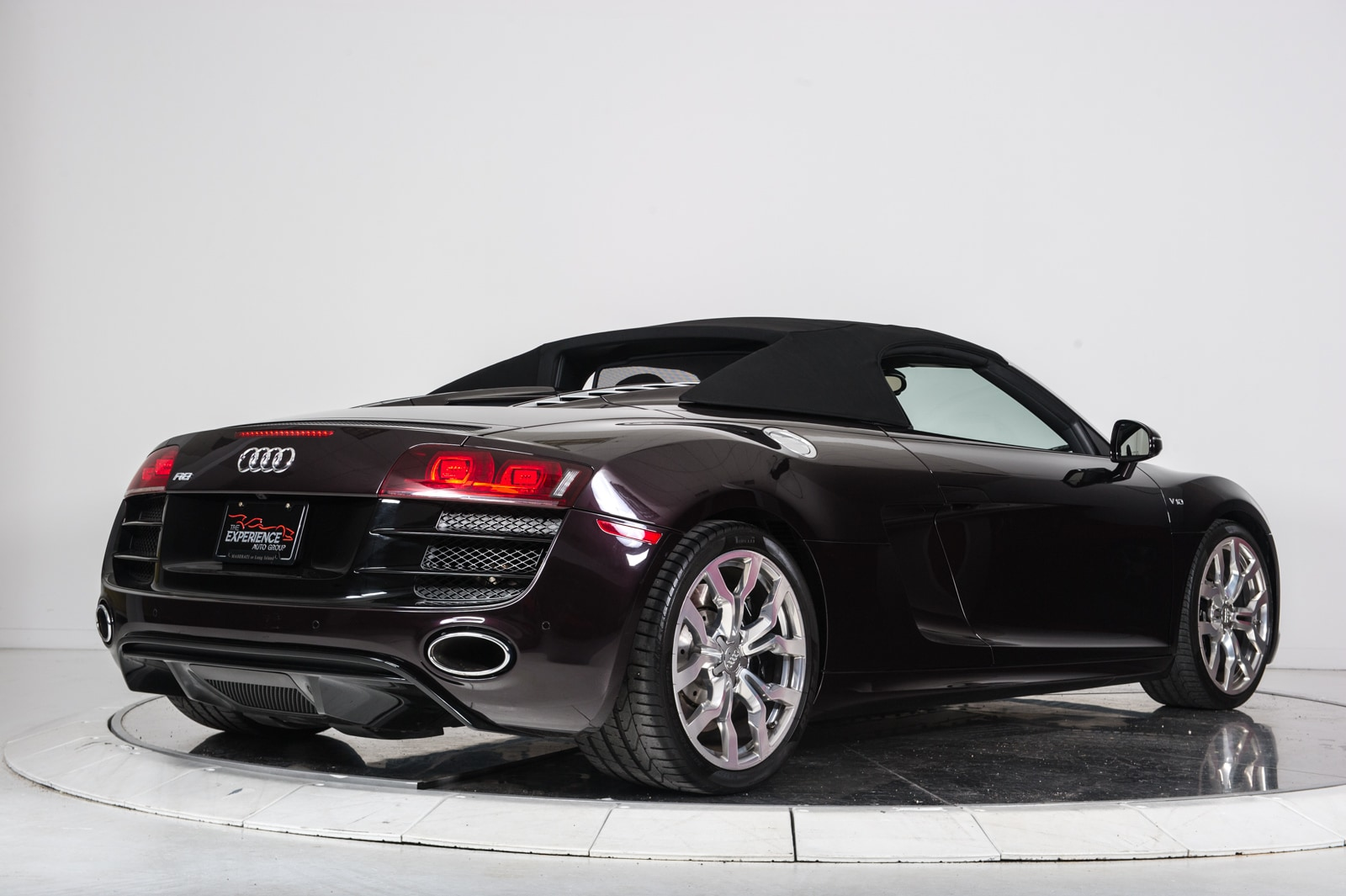 Used 2012 AUDI R8 5.2 SPYDER For Sale   Plainview near Long Island, NY   VIN: WUAVNAFG8CN002008
