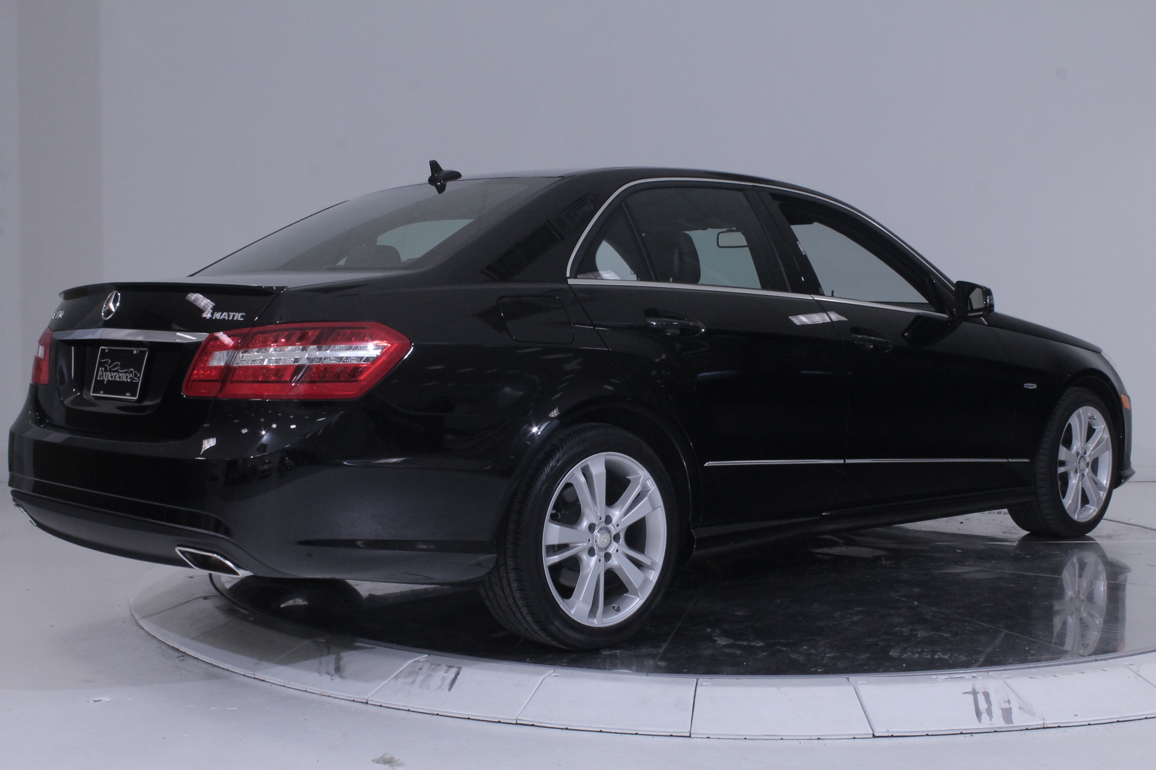 Used 2012 mercedes benz e350 4matic in black for sale for Mercedes benz e350 4matic 2012