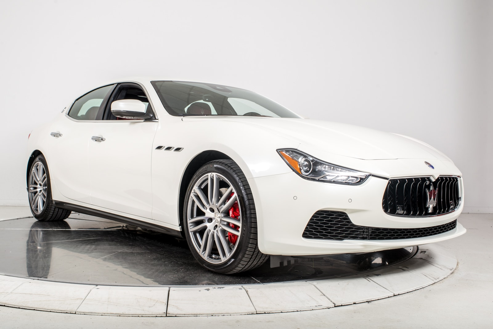 new 2017 maserati ghibli s q4 for sale plainview near long island ny vin zam57rts5h1196523. Black Bedroom Furniture Sets. Home Design Ideas