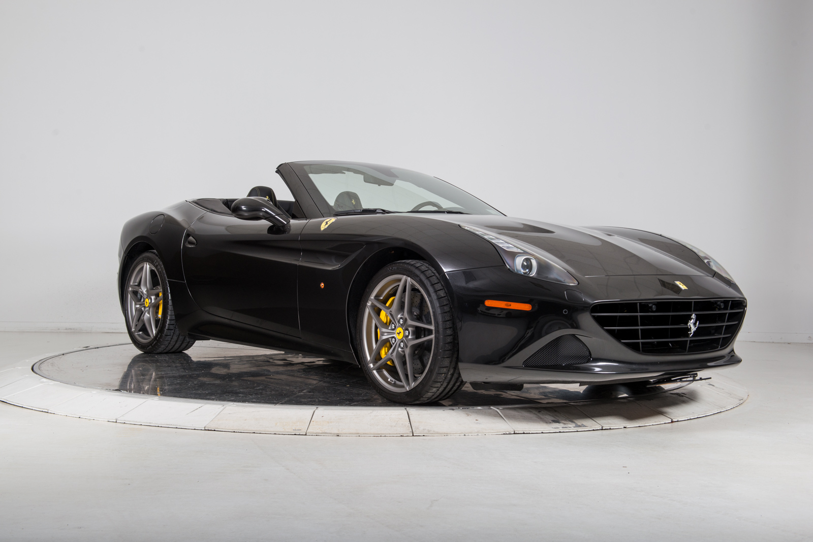 new ferrari 2016 white. 2016 ferrari california t convertible for sale in plainview, ny at maserati of long island new ferrari white s