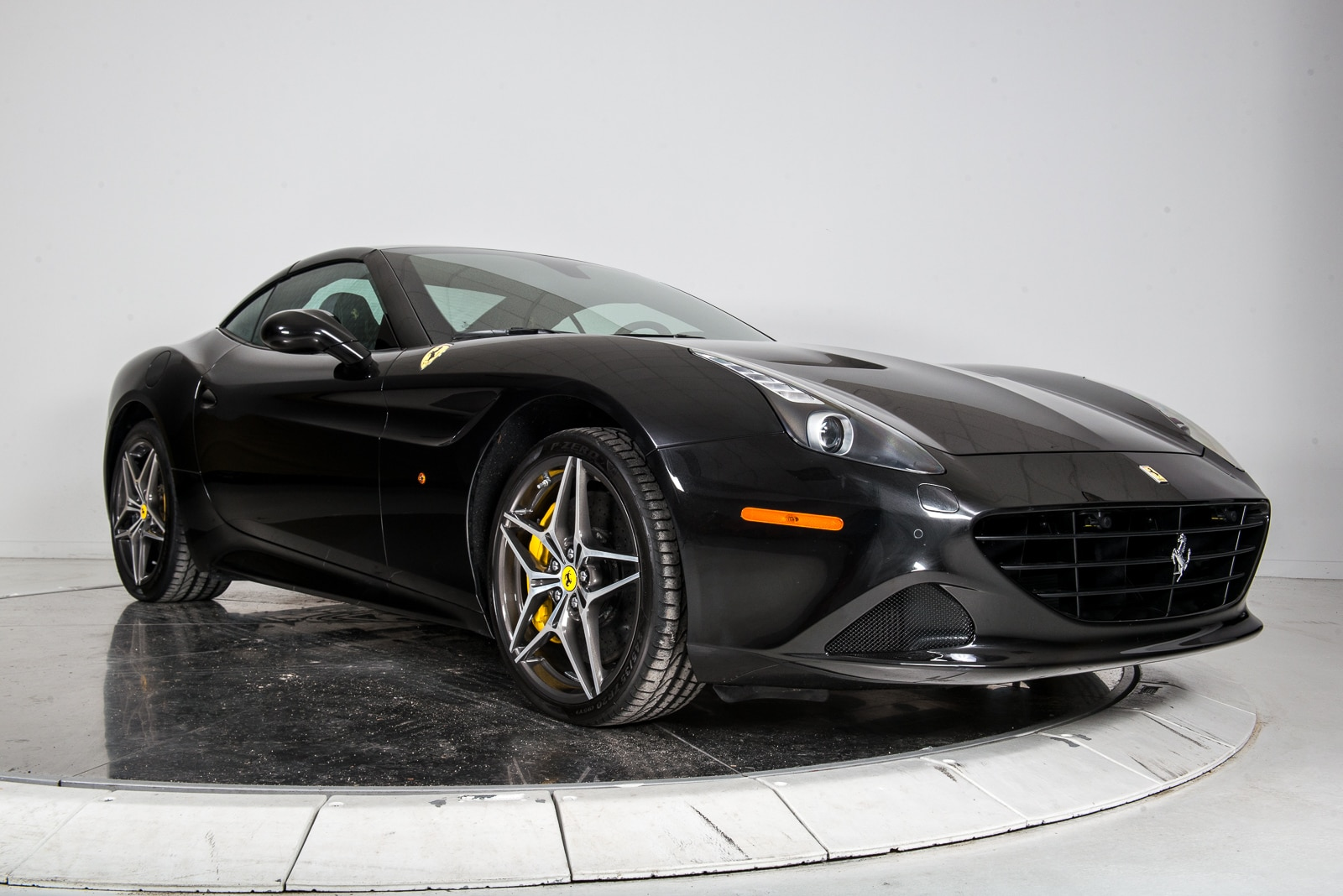 used 2016 ferrari california t for sale plainview ny near long island vin zff77xja8g0213753. Black Bedroom Furniture Sets. Home Design Ideas